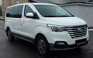 6869 Hyundai Grand Starex Urban Exclusive 2019 4WD